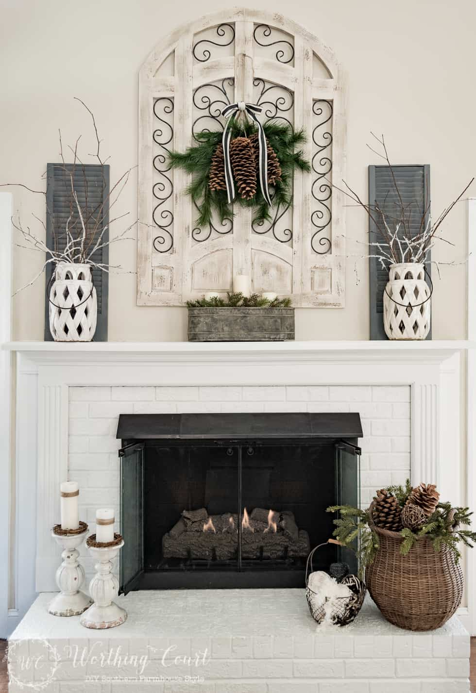 Farmhouse winter fireplace #winter #winterdecoratingideas
