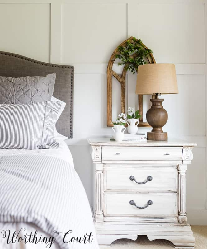 DIY Painted Furniture - White With Gray Glaze #paintedfurniture #bedroom #farmhouse