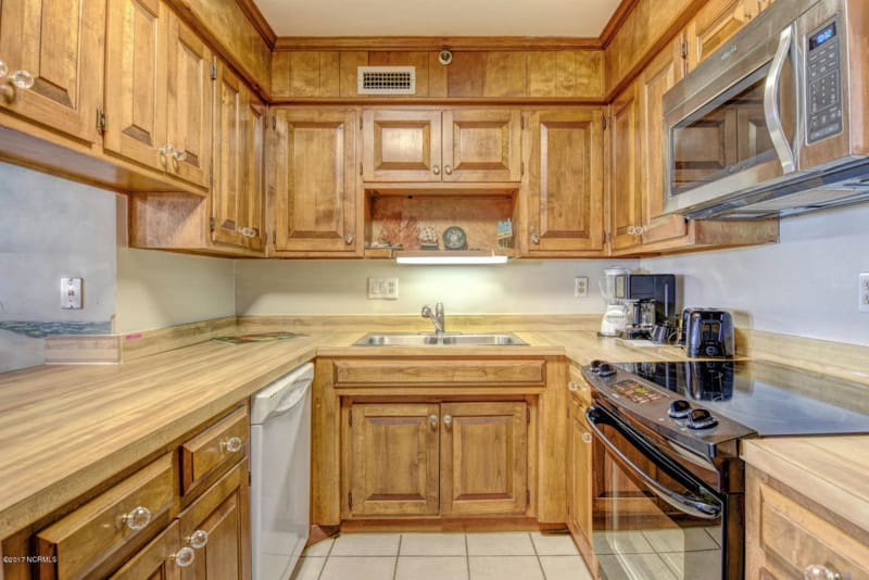 Small galley kitchen before a budget makeover