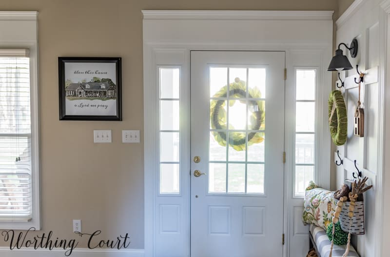 Entryway Makeover Reveal - How To Work With What You Have #foyerideas #entrywayideas #artideas #diyardideas