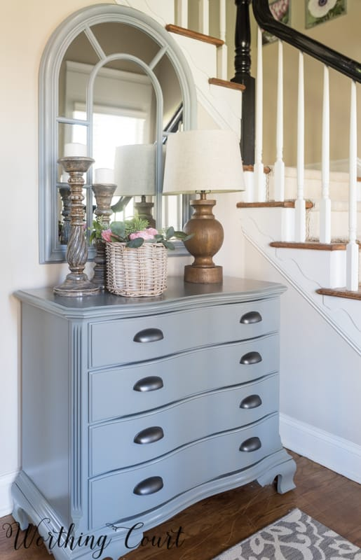 Foyer chest #foyerideas #entrywayideas #foyerfurniture