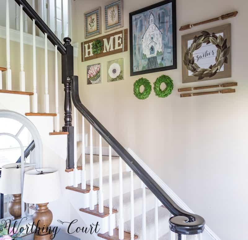Stairway gallery wall idea #stairwayideas #stairwaygallerywall #gallerywall #artideas #farmhouseideas