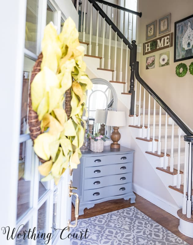 Entryway Makeover Reveal - How To Work With What You Have #entrywayideas #foyerideas #makeover #beforeandafter