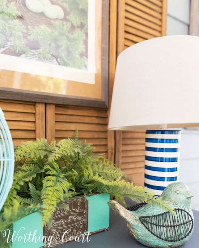 Spring Vignette idea using items from the #TrishaYearwood Collection at #TractorSupply #springdecor #springdecoratingideas #aqua #HomeDecor #SouthernStyle #vignette
