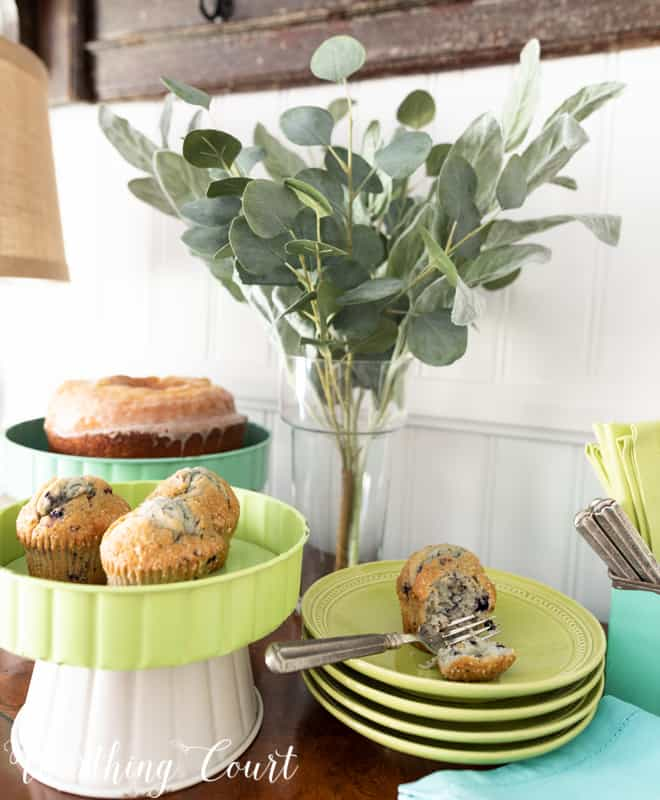 Dessert serving idea using a large and small pedestal from the #TrishaYearwood Collection at #TractorSupply #springdecor #springdecoratingideas #centerpieceideas #aqua #limegreen #HomeDecor #SouthernStyle #dessert #cake #dessertbar #hospitality