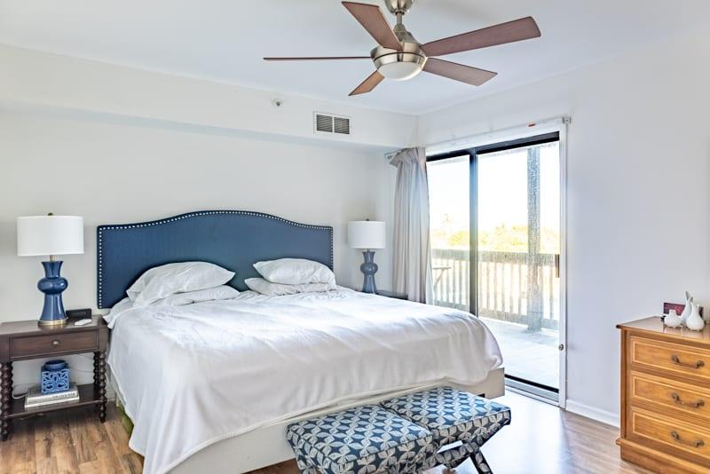 My Master Bedroom Now And The Makeover Plan. Master bedroom DURING a makeover. #blueandwhitebedroom #masterbedrromideas #masterbedroomdesign #coastaldecoratingideas #blueandwhitedecor #masterbedroommakover #bedroomdecortingideas #coastalbedroom #coastaldesign #coastalhome #coastalstyle