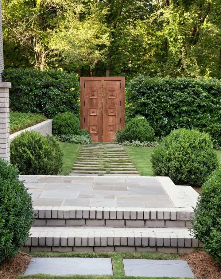Friday Favorites Weekly Digest. Beautiful garden gate. #landscapedesign #gardenideas #landscaping #gardengate #secretgarden