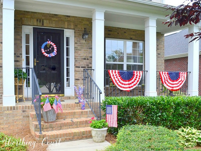 Red, white and blue decorations for July 4th. #july4thdecorations #patrioticdecorations #redwhiteandblue #july4thideas