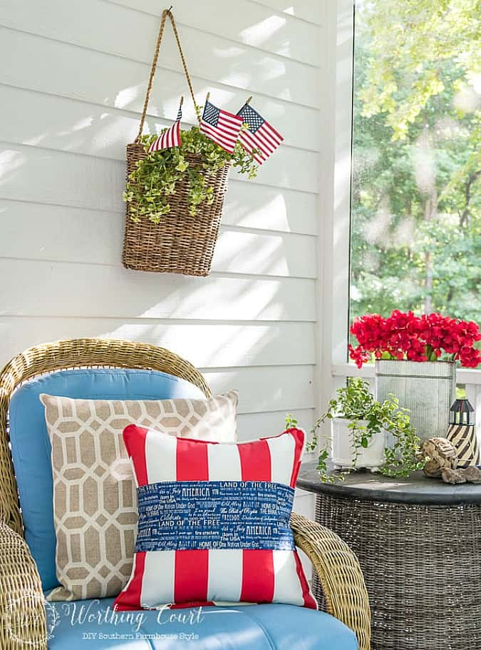 Patriotic red, white and blue pillows for July 4th. #july4thdecorations #patrioticdecorations #redwhiteandblue #july4thideas