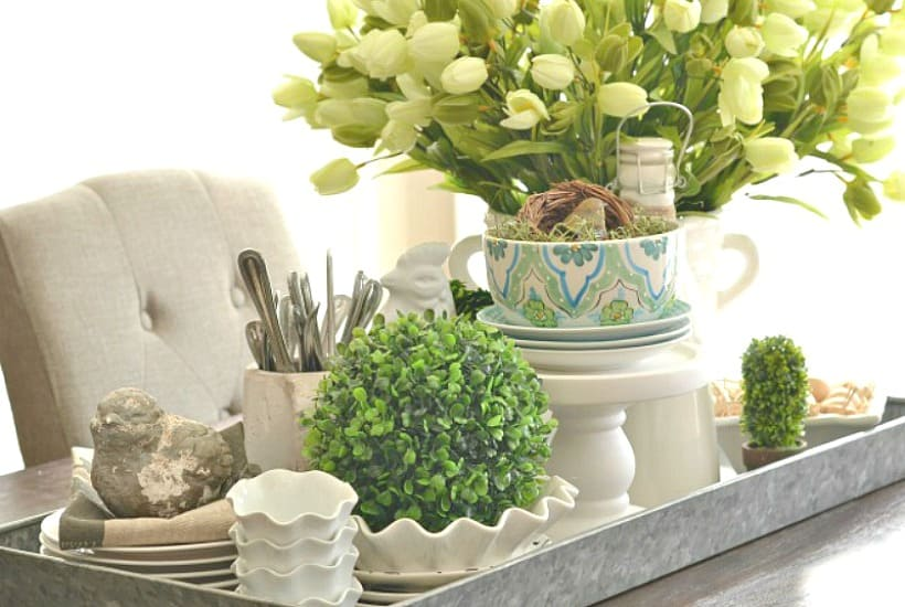 Why You Should Be Decorating With Trays And How To Do It