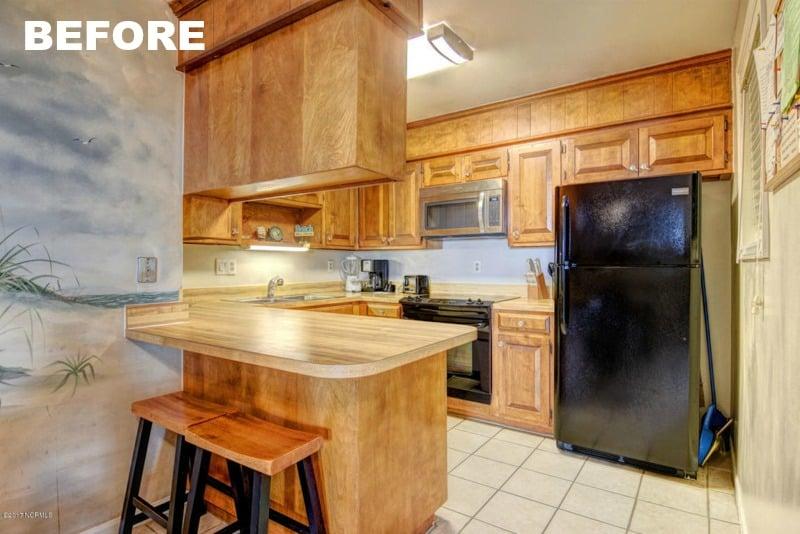 Ugly Kitchen Mismatched Appliances