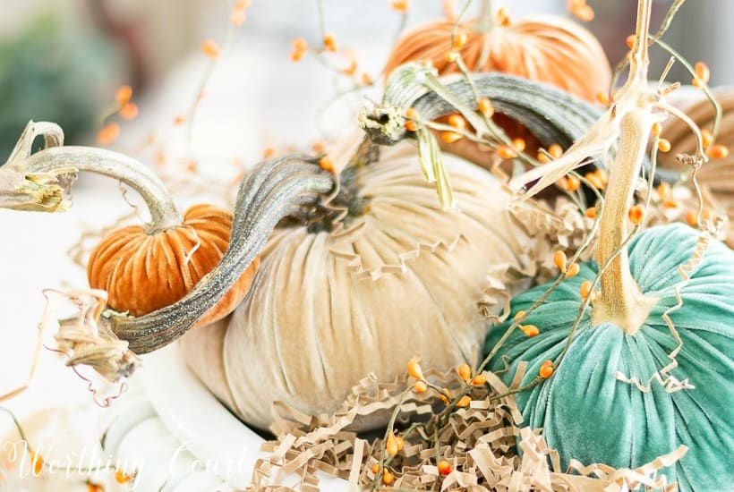 How To Create A Fall Centerpiece With Luxurious Velvet Pumpkins