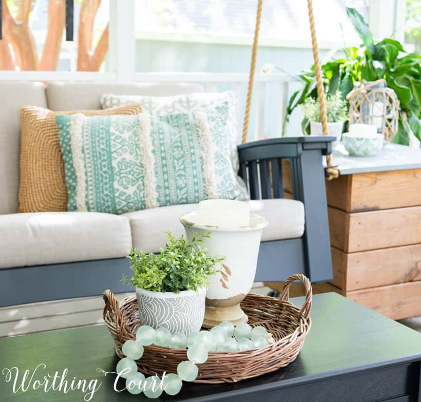 Cozy And Inviting Screened In Porch Decorating Ideas ...