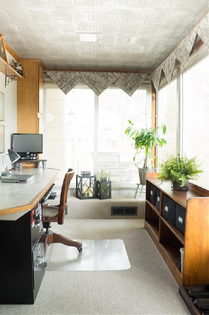 hankerchief valance on two windows
